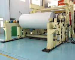 两大纸业巨头抢建千亩造纸基地破原料危机