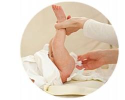 妈妈们注意,纸尿裤厂家告诉给宝宝挑选纸尿裤要这么选!